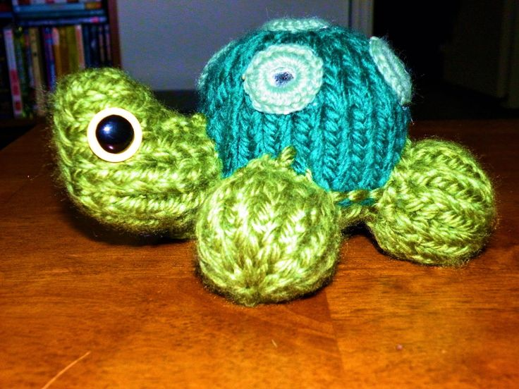 The Loom Muse Creations and Ideas: How to Loom Knit a Turtle and Ladybug