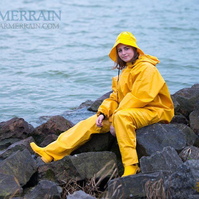 Rosbras jacka och Armor byxa från Guy Cotten. Finns på hemsidan.# Farmerrain#Rainwear#Regnkläder