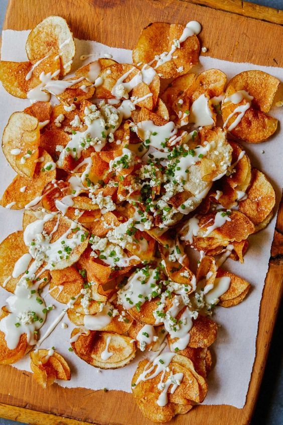 Homemade Potato Chips with Gorgonzola Cheese Sauce Should try this w/ sweet potatoes and avocado oil
