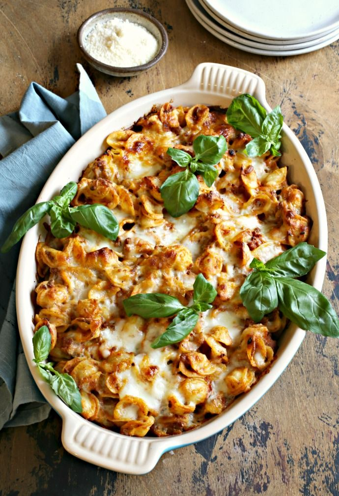 Pasta Bake With Beef And Pumpkin 1 In 2020 Pretty Casserole Dish Fun Easy Recipes Pasta Bake