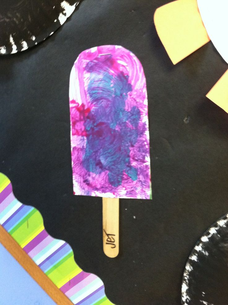 Letter p preschool craft. Pink and purple painted popcicle
