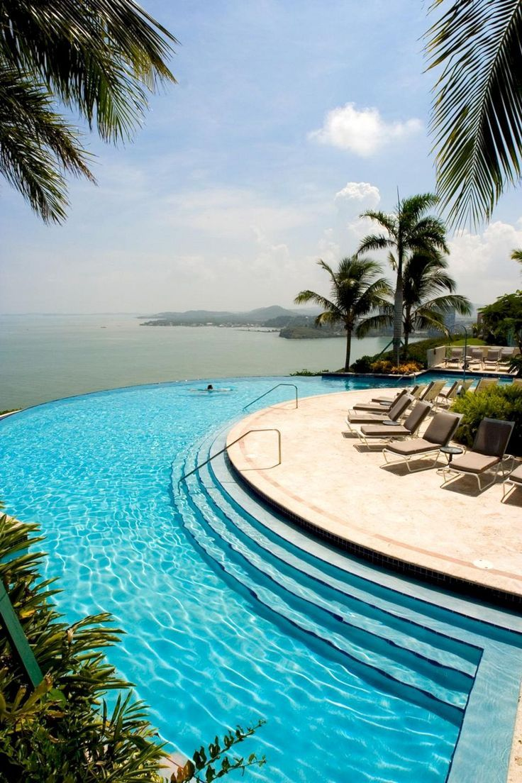 136 Outdoor Pools with Amazing View