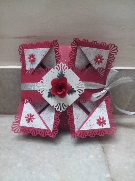 napkin fold card, like the 3D flower touches