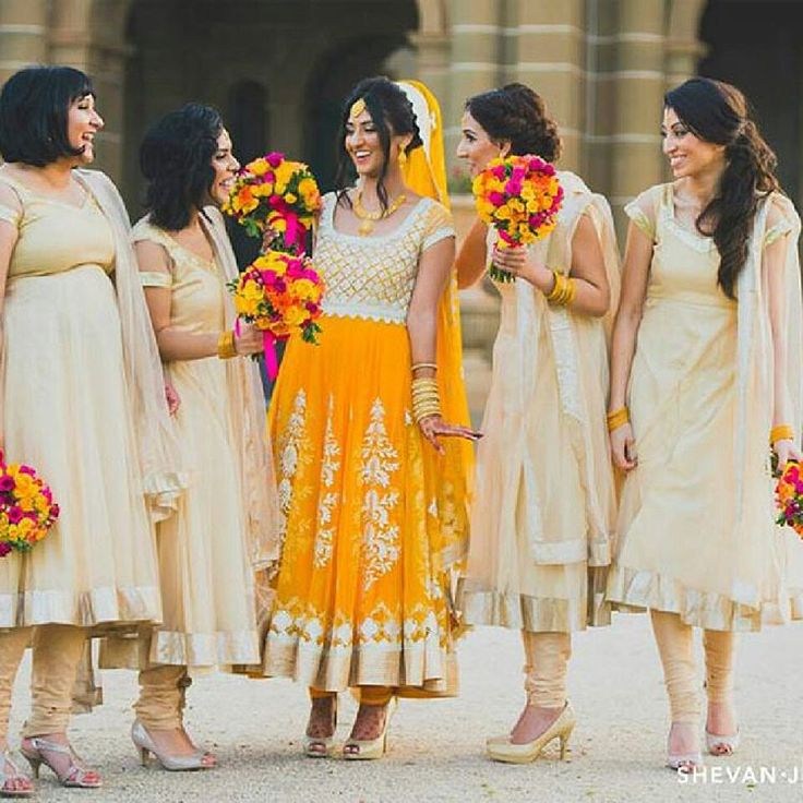 """Here are some awesome ideas for your bridesmaids picture...Get ideas and inspirations...#bigindianwedding #indianwedding #weddingphotography…"""