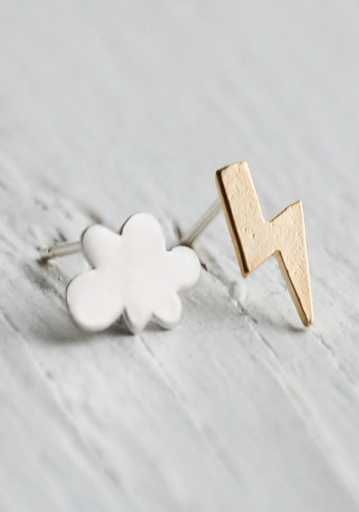 Thunder & Lightening Earrings Silver Rain Cloud