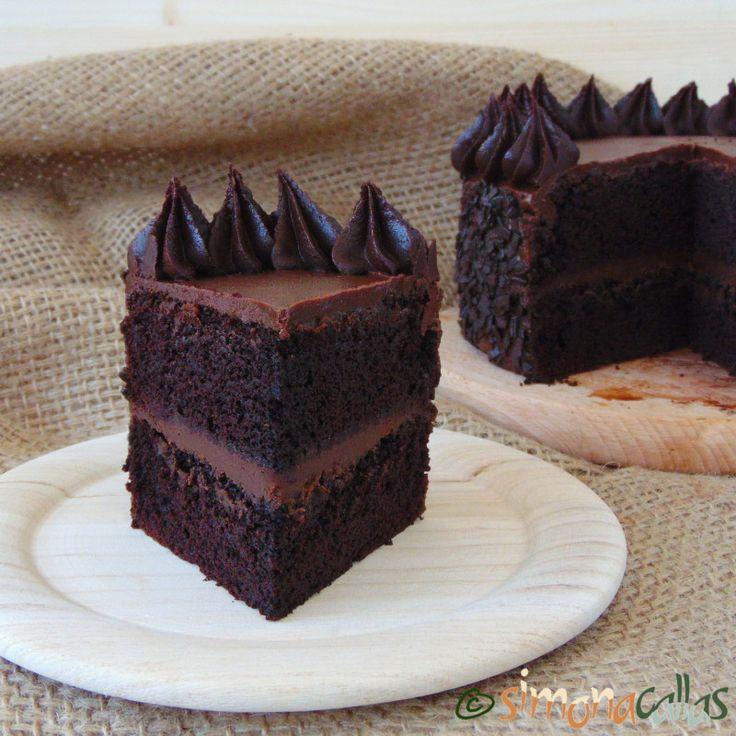 Tort de post cu ciocolata si unt de arahide - simonacallas