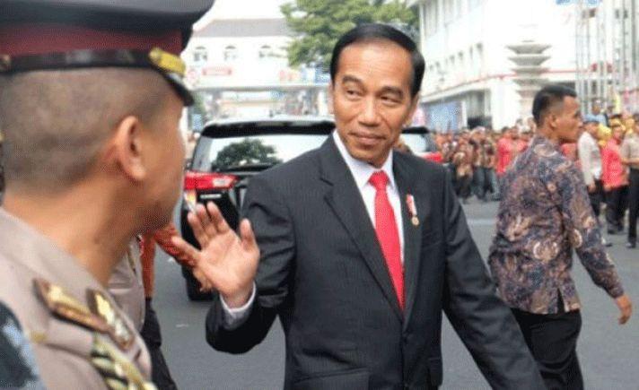 Presiden Joko Widodo menyampaikan sejumlah harapan saat meresmikan renovasi Pasar Tengah di Pontianak, Kalimantan Barat yang sebelumnya terbakar pada 2015.