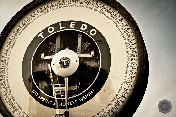 Old #Toledo truck scale found behind the abandoned motel. #ToledoScale