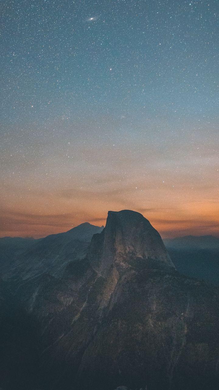 Half Dome Yosemite Valley Starry Night Sky 720x1280 Wallpaper Starry Night Wallpaper Yosemite Wallpaper Sunset Wallpaper