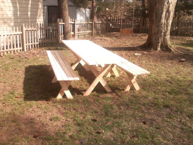 Build your own Picnic table with detached benches