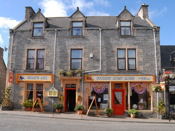 Fournet House – Accommodation, Bistro and Wellbeing, distinctly different, outrageously comfortable Bed and Breakfast Accommodation in Dufftown, Moray, Scotland