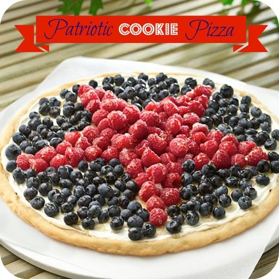 I'm star-struck by this 4th of July treat! More 4th of July Picnic and Dessert Recipes: http://www.pillsbury.com/recipes/holiday-occasion/4th-of-july