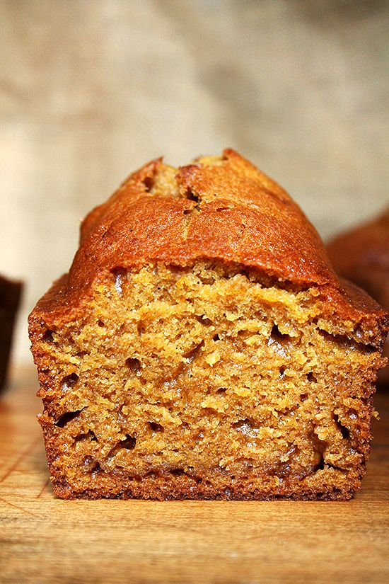 Tis the season for all things pumpkin. This recipe for pumpkin quick bread is fabulous — it is super moist and delicious, and the batter can be whipped together in no time. Makes a wonderful homemade gift as well.