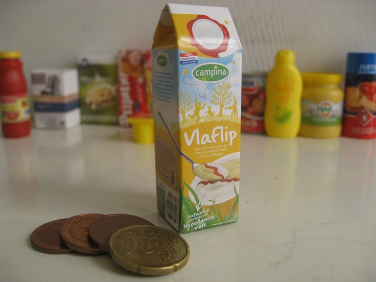 VLAFLIP one of the HIGHLY COLLECTABLE gift MINI'S from Albert Heijn