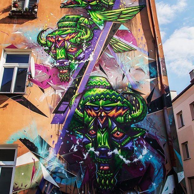 """Polubienia: 34, komentarze: 2 – Hasające Zające (@hasajacezajace) na Instagramie: """"Street art. Białystok, Zamenhofa 5c Poland  #hasajacezajace #bialystok #podlasie #podlaskie #wschod…"""""""