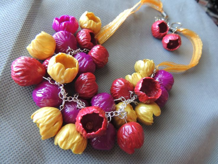Bell Flower necklace and earrings