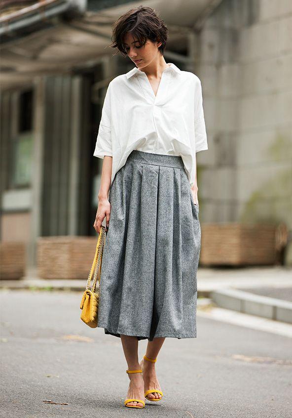 トレンドのスカーチョと合わせても◎30代アラサー女性のスキッパーシャツのコーデ♡