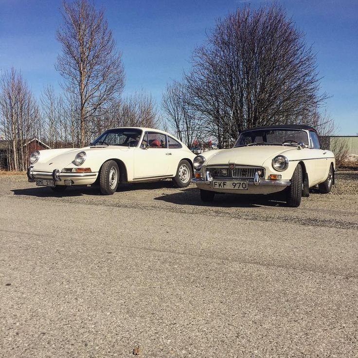 #porsche912 #porsche911 #porsche356 #Porsche #porsche #mg #mgb #aircooled #oldporsche #classicporsche #classiccar #roughneckbrigade #911 #912 by ogren912