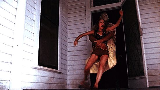 Pin for Later: Don't Look at These Horror Movie GIFs With the Lights Off The Texas Chain Saw Massacre (1974) Nothing gets us more riled up than when someone almost escapes.