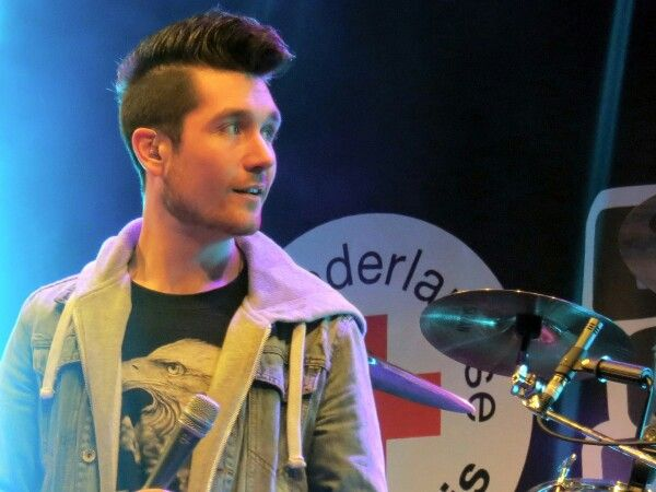 rock hair bastille telephone