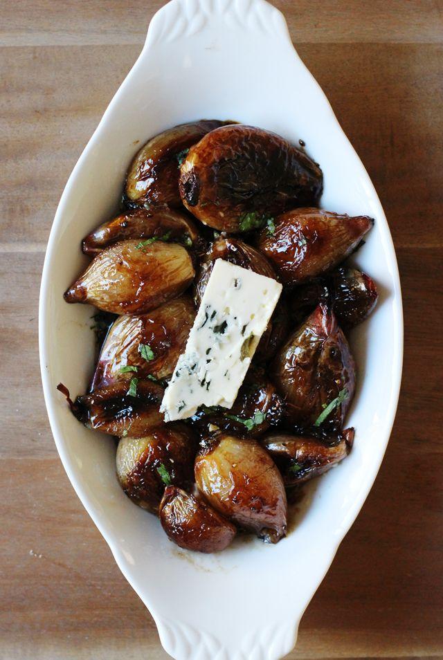 Caramelized shallots | HonestlyYUM #thanksgiving