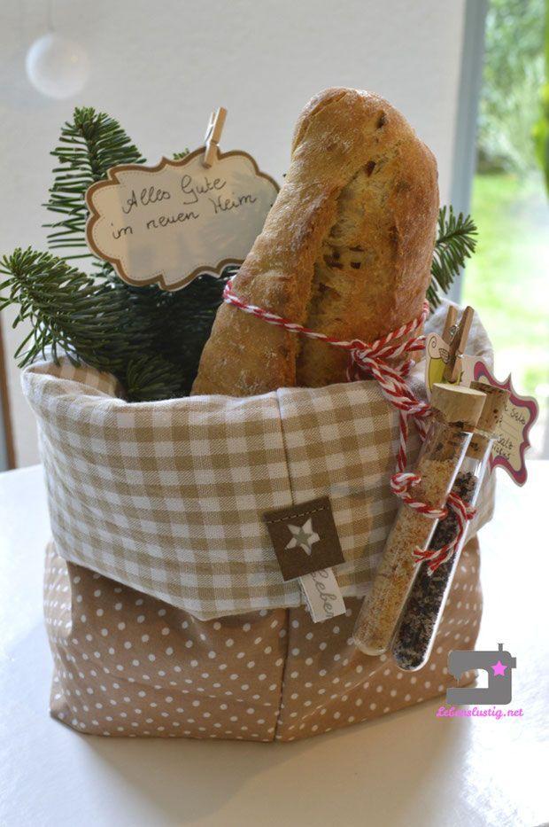 Brot Und Salz Geschenkeinzugsgeschenknachbarnlebenslustigutensilo Nahenbro Brot Und Salz Ges Brot Und Salz Einweihungsparty Geschenke Geschenke Zur Einweihung
