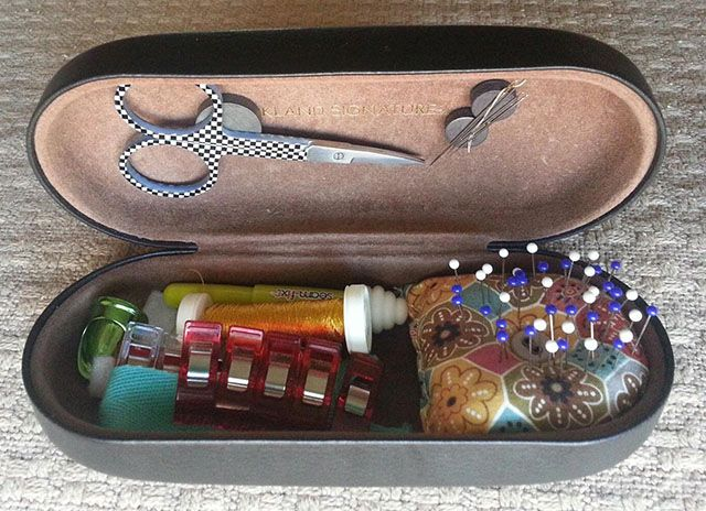 Great Gifts for Quilters and Sewists. Eyeglass case sewing kit