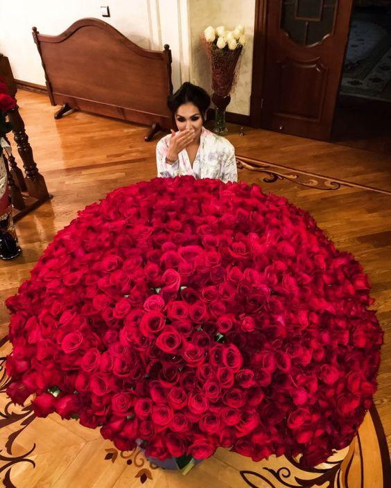 Какие цветы подарить девушке на 1-ом свидании