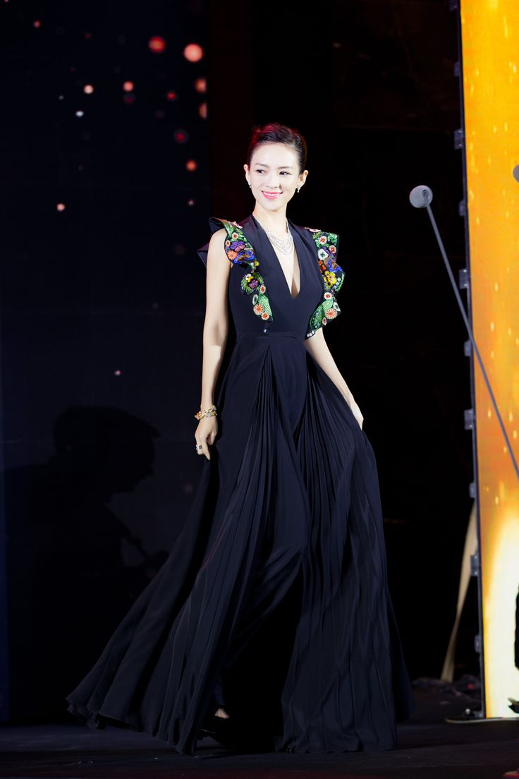 International star Zhang Ziyi beams in Fendi Resort 2017 at the 16th Chinese Film Media Awards 2016 in Beijing.