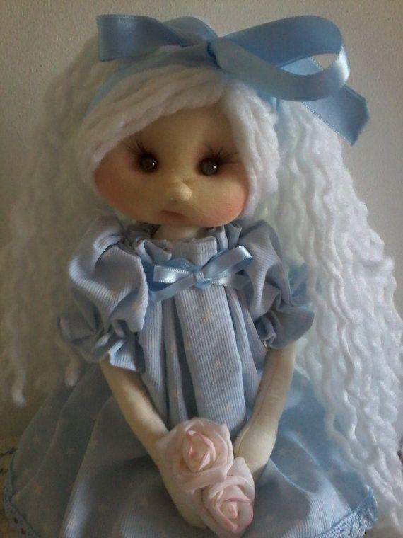 Muñecas hechas a mano por RomeoandJulieta en Etsy