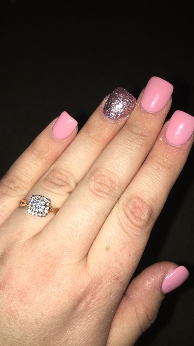 Rose gold engagement ring and pink engagement nails