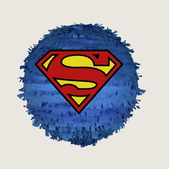 Piniata, pinata, Superman Piniata,  urodziny, party, garden party, przyjęcie, niespodzianka z cukierkami, prezent, gift, dzieci, dziecko fun