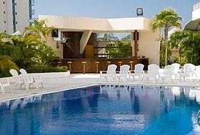 Hotel Casa Inn, Acapulco, Guerrero - Zona Dorada del lado de la Playa. Frente al Baby O y cerca del Cici.