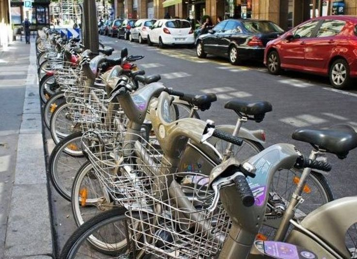 PARIS CHEAP BIKE SYSTEM Photo Credit: Vélib' bikesharing station, Paris by mariordo59 CC BY-SA 2.0 Paris's bike-for-hire system Vélib'—for velo (bike) and liberté—is one of the best and cheapest in the world. All you need is a credit card with a chip and you're off. Rentals are easy, stations are everywhere, bike lanes are safe and Paris-wide, and rentals are 24 hours a day, all-year round. Here's how it works: go to the terminal at any Vélib' station; follow the on-screen instructions