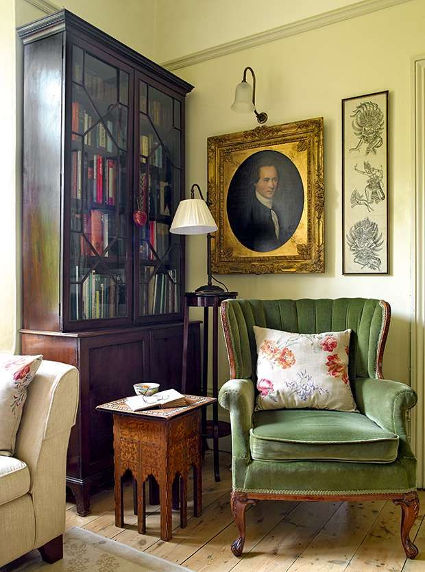 By her own admission, Sarah Dubois is an old-fashioned kind of girl. 'I love period furniture and being in a place with a sense of history,' she enthuses. When she and husband Nigel Philips decided to look for a family home, a priority was finding a large enough period house to accommodate the furniture she had inherited from her parents.