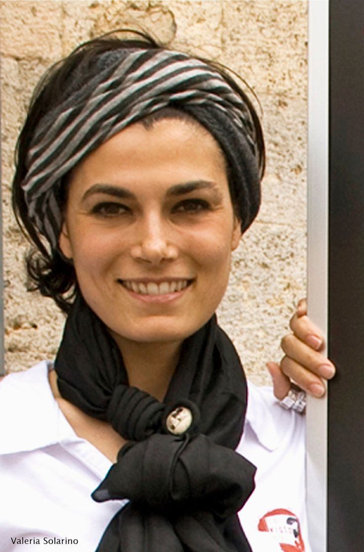 Valeria Solarino - Foulard in seta Gianmarco Russo