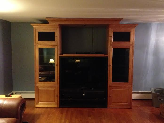 Rear Projection Tv Entertainment Center In Necessities12550 39 S Yard Sale In Newburgh Ny For