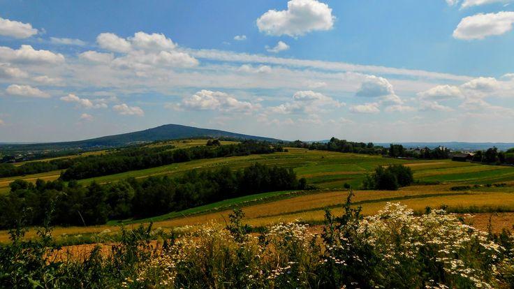 widok na Łysicę z Wymyślonej, Góry Świętokrzyskie [Holy Cross Mountains]