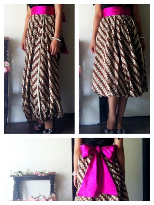 Batik Skirt Rp 220K, obi Rp 65K