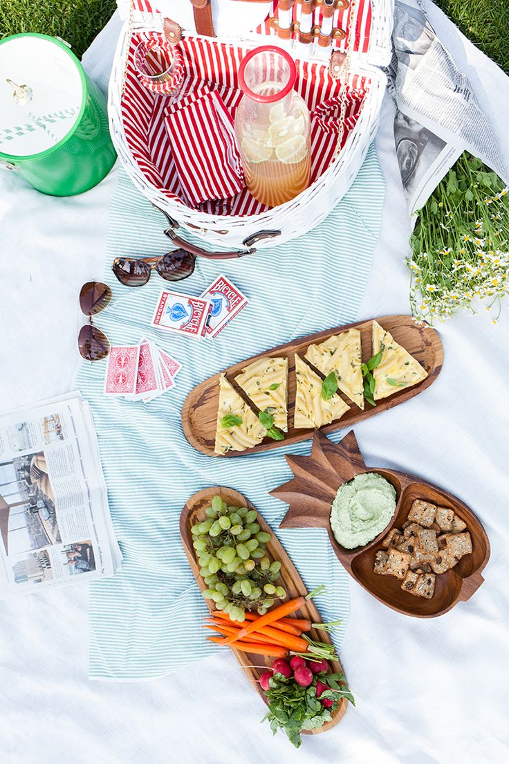 Picnic Date with Martha Stewart