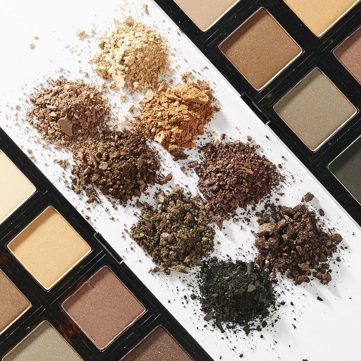 Wees gedurfd en creatief met de nieuwe, 100 % vegetarische Make-up Palettes van The Body Shop! Click en mix en stel het palette van jouw dromen samen met de 30 intens gepigmenteerde Eye Shadow shad…