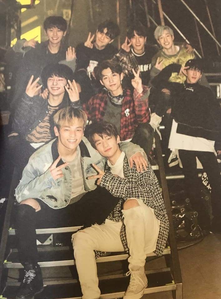 Stray Kids Kpop Kids Wallpaper Boy Groups