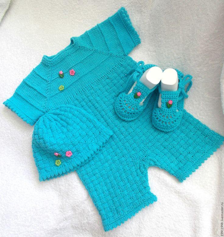 Купить Боди-песочник с шапочкой и с сандаликами - боди для новорождённых, боди, песочник, пинетки вязаные, шапочка