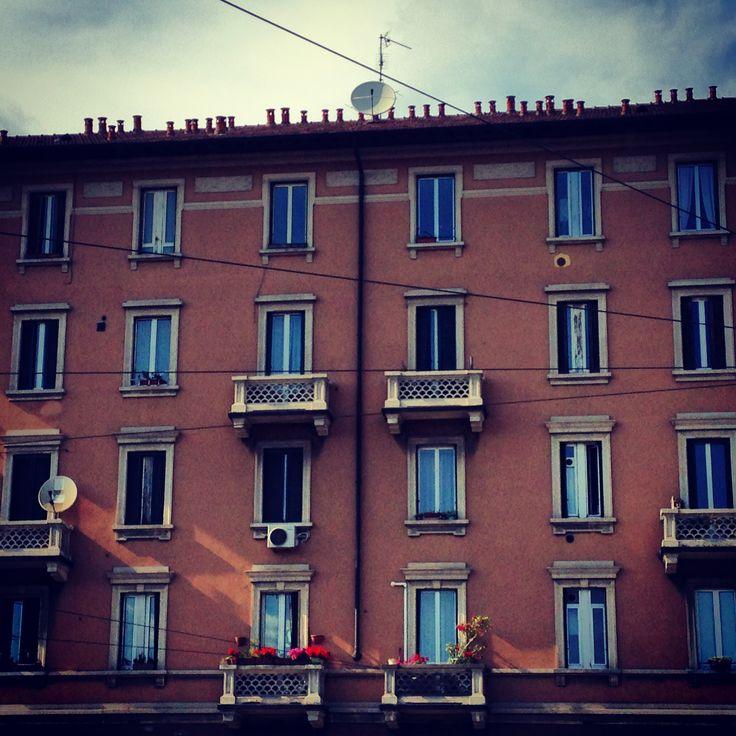 Viale Corsica in Milano, Lombardia http://omnesgreen.tumblr.com