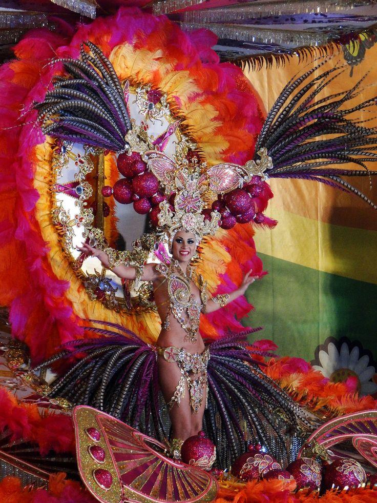 Gala de carnaval en Tenerife, elección de la reina | carnival in Tenerife, Canary Islands, fantasy costumes, queen | Karneval in Teneriffa, Kanarische Inseln, Phantasie, Kostüme, Karnevalsköniginnen