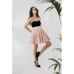 Leather powder pink skirt #rosequartz #minimalism