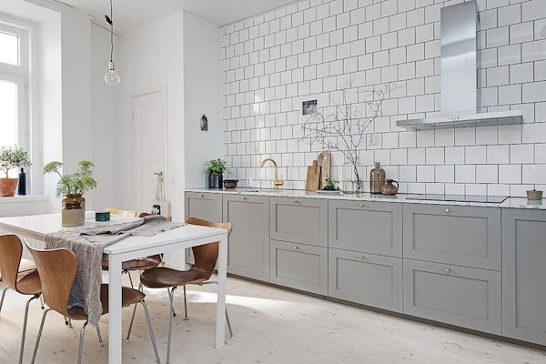my scandinavian home: A fab swedish home in neutrals and a cute doggy!