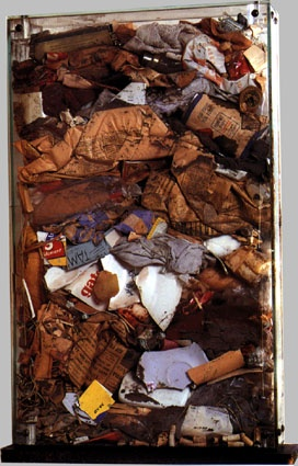 grand dechets bourgeois, Accumulations d'ordures ménagères sous verre, 65,5 x 40 x 8 cm, 1959