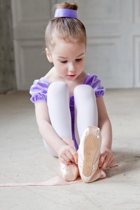 No too young for pointe shoes her feet will be ruined dance pinterest ballerina pointe - Pics of small little girls ...
