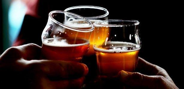 Cerveja pode fazer bem para a saúde? Veja o que a ciência diz